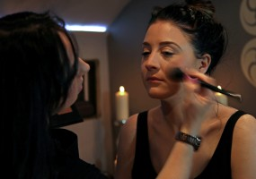Using the in salon range of Mii Make-Up, we can create your perfect look for special occasions or nights out